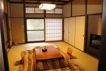 和室10畳離れ客室(檜内湯+専用露天風呂付)温泉